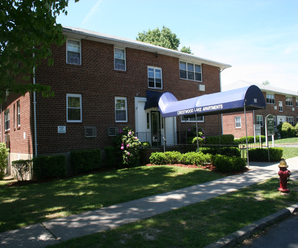 Crestwood Lake Apartments - 2 Reviews | Yonkers, NY ...